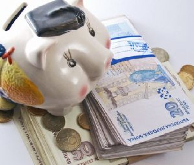 Может ли банк звонить родственникам должника - ddf8